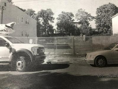 66 TILLINGHAST ST # 68, NEWARK, NJ 07108 - Photo 1