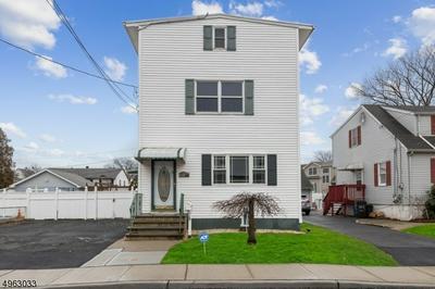 39 GROVE ST, LITTLE FERRY, NJ 07643 - Photo 1