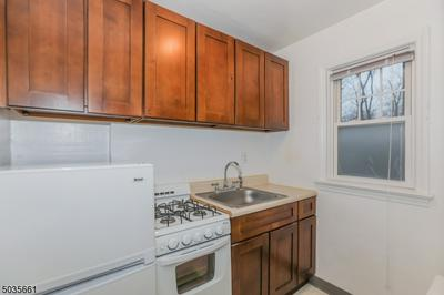 495 MAIN ST APT B2, Chatham Boro, NJ 07928 - Photo 1