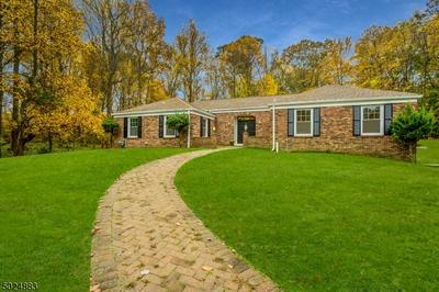 11 FARM RD, Chester Twp., NJ 07930 - Photo 1