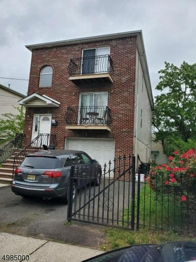 821 JACKSON AVE, Linden City, NJ 07036 - Photo 2
