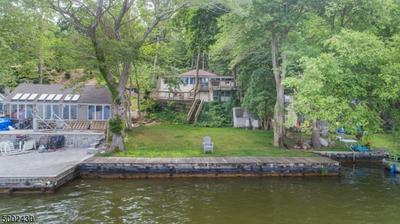 19 LAKE PARK TER, West Milford Twp., NJ 07421 - Photo 1