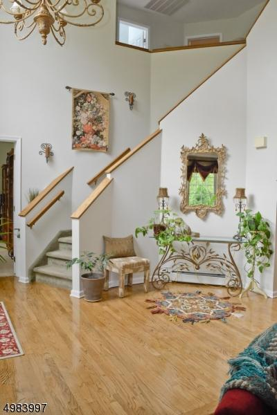 30 CARRIAGE HOUSE RD, Sparta Township, NJ 07871 - Photo 2