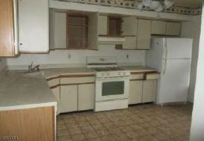 13H BROOKSIDE HTS, Wanaque Borough, NJ 07465 - Photo 2
