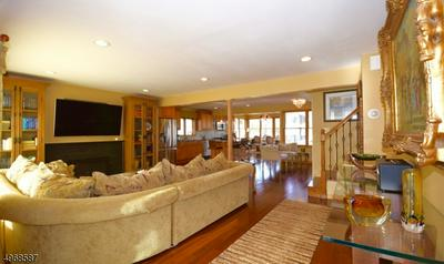 68 SHERWOOD RD, SPRINGFIELD, NJ 07081 - Photo 2