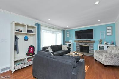 1509 BROOKSIDE DR, Union Twp., NJ 07083 - Photo 2