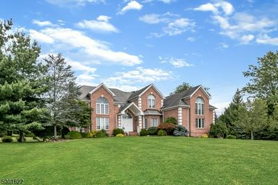 31 BEACON HILL DR, Chester Twp., NJ 07930 - Photo 1