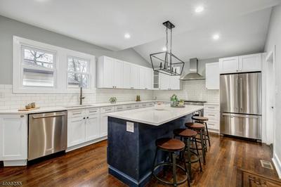5 BERKSHIRE RD, MAPLEWOOD, NJ 07040 - Photo 2