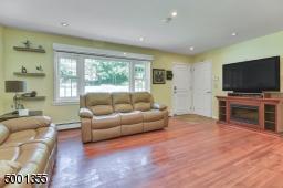 14 SHARON CT, Ringwood Boro, NJ 07456 - Photo 2