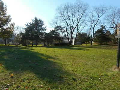 82 FAIRVIEW AVE, Milford, NJ 08848 - Photo 2