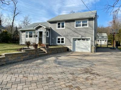 17 RIKER HILL RD, Livingston Twp., NJ 07039 - Photo 2