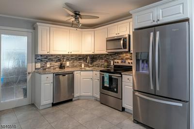 24 WOODSEDGE AVE, Mount Olive Twp., NJ 07828 - Photo 1