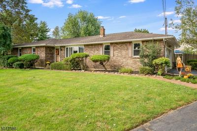 5 PLAZA PL, Lopatcong Twp., NJ 08865 - Photo 2