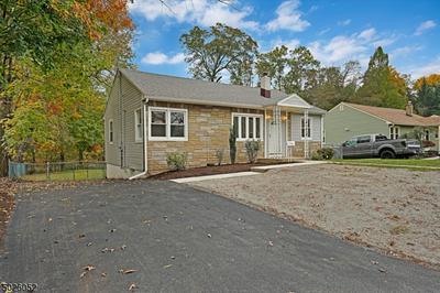 594 MOUNTAIN VIEW TER, Middlesex Boro, NJ 08846 - Photo 1