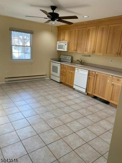 580 BLOOMFIELD AVE APT 4B, West Caldwell Twp., NJ 07006 - Photo 2