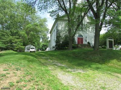 60 CHURCH ST, Bloomsbury Boro, NJ 08804 - Photo 2