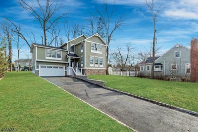 5 COBB TER, Roseland Borough, NJ 07068 - Photo 1