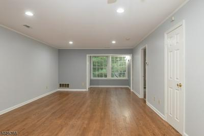 66 OSWESTRY WAY # 66, Franklin Twp., NJ 08873 - Photo 2