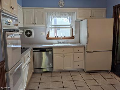 165 VALLEY RD, Clark Twp., NJ 07066 - Photo 2