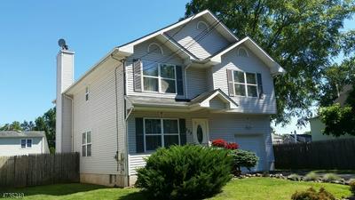 322 ANGLE AVE, Manville Boro, NJ 08835 - Photo 1