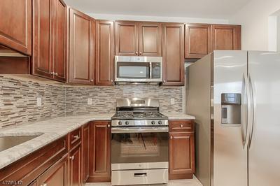 10 DEEDWARDO CT, Parsippany-Troy Hills Twp., NJ 07054 - Photo 2