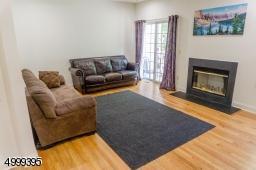 299 RAYMOUND BLVD, Parsippany-Troy Hills Twp., NJ 07054 - Photo 2