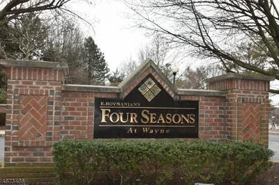 213 FOUR SEASONS DR 213, WAYNE TOWNSHIP, NJ 07470 - Photo 1