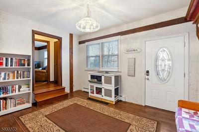 564 RAMAPO VALLEY RD, Oakland Boro, NJ 07436 - Photo 2