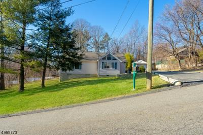 68 TOMS LAKE RD, Wayne Township, NJ 07470 - Photo 2