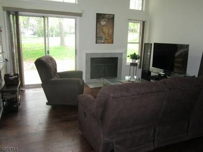5 WENDOVER CT, Bedminster Township, NJ 07921 - Photo 2