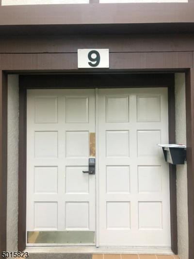 9 HERITAGE DR # C, Chatham Twp., NJ 07928 - Photo 2