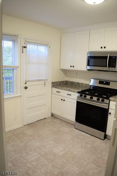 7 COLUMBIA DR APT 3B, Bridgewater Twp., NJ 08807 - Photo 2