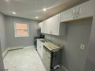 289 MAIN ST 3-A 3A, SPOTSWOOD BOROUGH, NJ 08884 - Photo 2