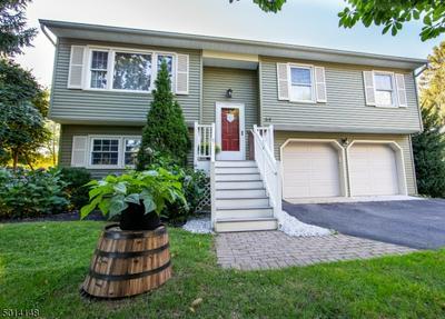 64 CHARLESTOWN RD, Hampton Boro, NJ 08827 - Photo 1