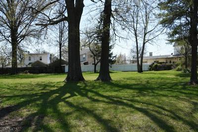 808 KING GEORGE RD, Woodbridge Township, NJ 08863 - Photo 1