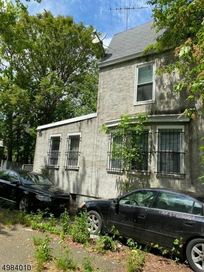 135 BROOKSIDE AVE, Irvington Township, NJ 07111 - Photo 2