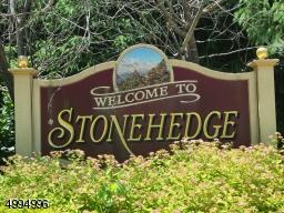 18 STONEHEDGE DR, Hardyston Twp., NJ 07460 - Photo 2