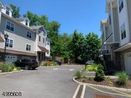 569 SPRINGFIELD AVE UNIT 4, Berkeley Heights Twp., NJ 07922 - Photo 2