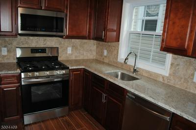 808 LIVINGSTON ST, Elizabeth City, NJ 07201 - Photo 2