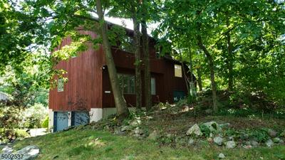 32 CARRIAGE LN, West Milford Twp., NJ 07480 - Photo 1