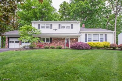 34 MAPLEWOOD DR, Parsippany-Troy Hills Township, NJ 07054 - Photo 1
