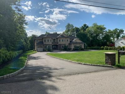 45 COLONIAL RD, Wayne Township, NJ 07470 - Photo 2
