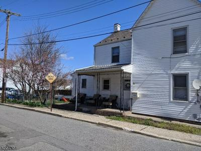 185 HUDSON ST, Phillipsburg Town, NJ 08865 - Photo 1