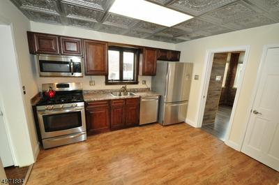 152 CLINTON ST, WOODBRIDGE, NJ 07095 - Photo 2
