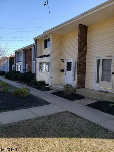 2 QUINCY CIR # 2, South Brunswick Twp., NJ 08810 - Photo 1