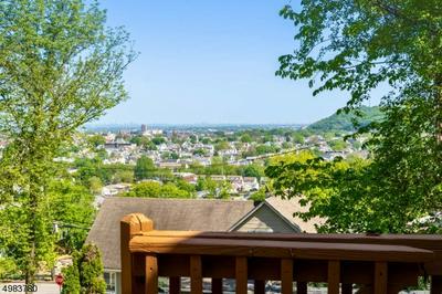 17 ALBANESE RD, Haledon Borough, NJ 07508 - Photo 2