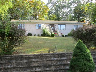 75 LONG VIEW TER, Long Hill Township, NJ 07933 - Photo 2