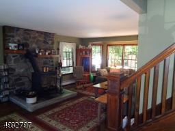 6 RIDGE CIR, Andover Twp., NJ 07860 - Photo 2