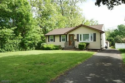 56 LEXINGTON BLVD, Clark Township, NJ 07066 - Photo 2
