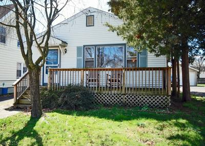 125 HIGH ST, SOUTH BOUND BROOK, NJ 08880 - Photo 1